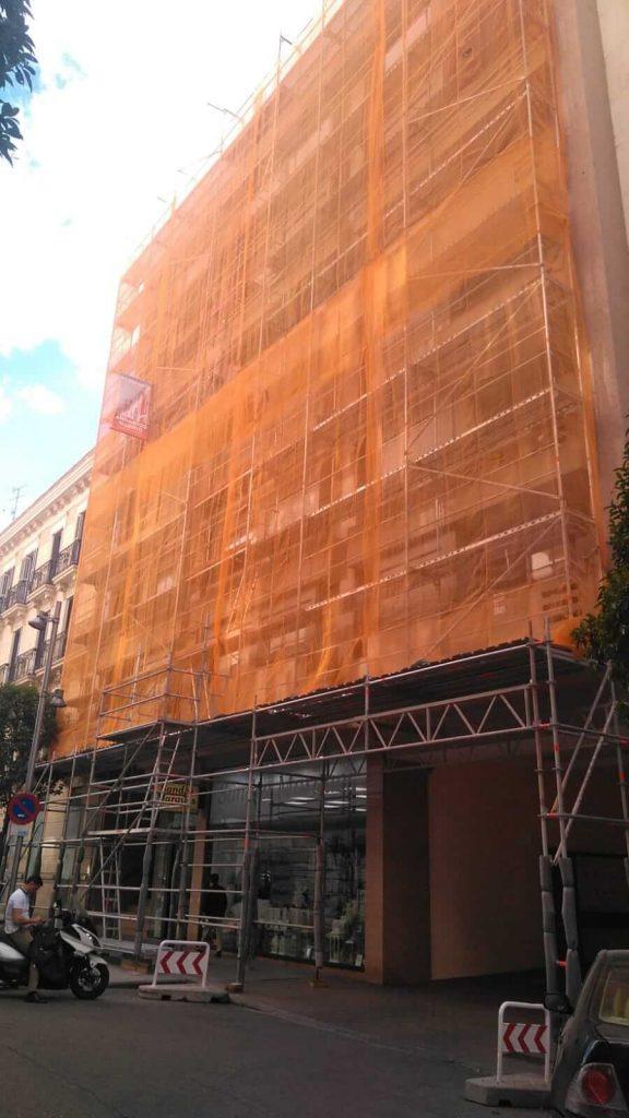 Alquiler de andamios de aluminio en Madrid