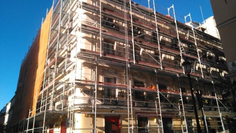 Alquiler de andamios tubulares en Madrid
