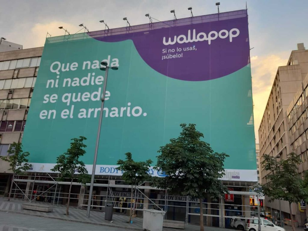 Andamios para lonas publicitarias en Madrid
